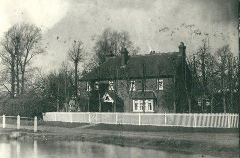 Inholms Farm 1913 ( With Pond )