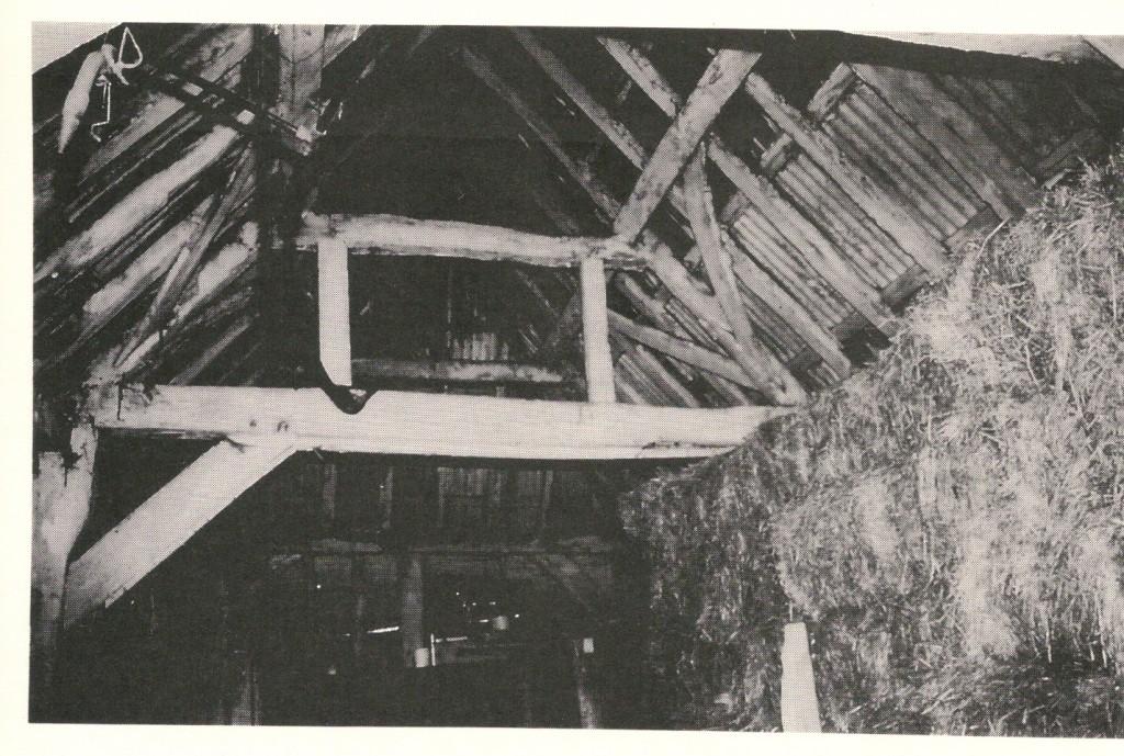 Chapel House Barn c 1580