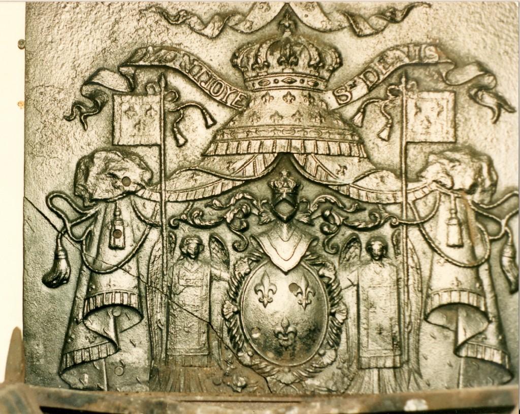 Coat of Arms of Compte de Paris Frog Grove House